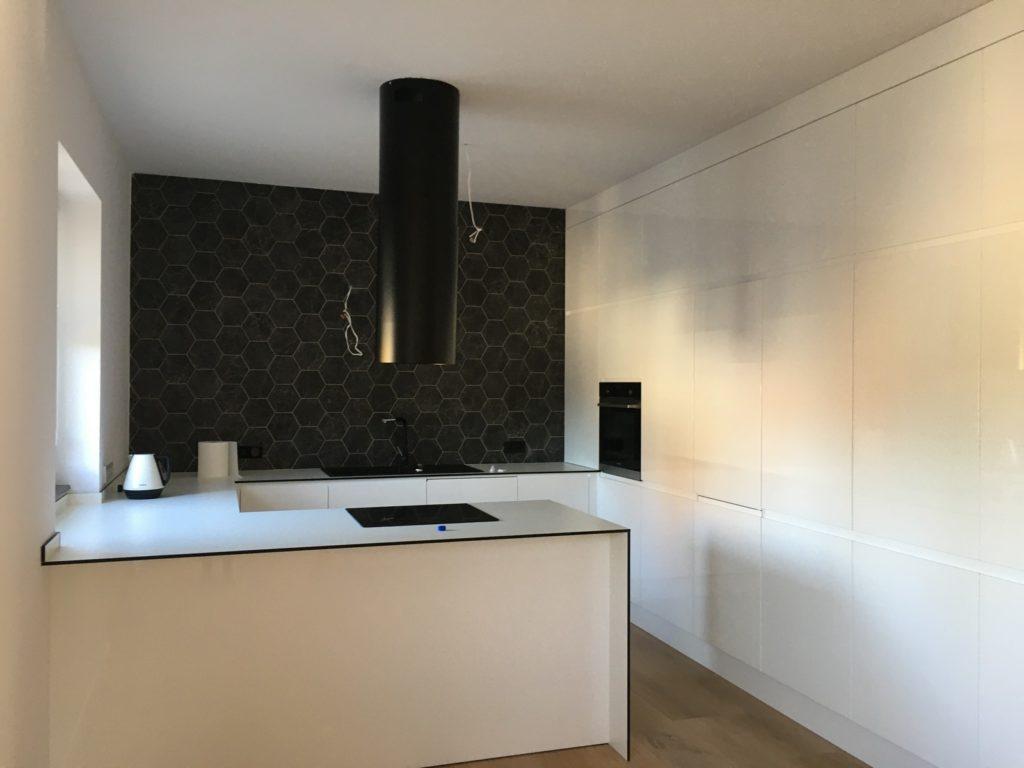 projekt-kuchni-w-apartamencie